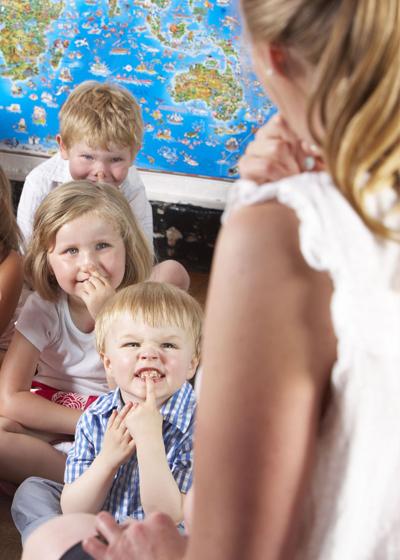 ORGANIZACION Y FUNCIONAMIENTO DE UN CENTRO DE EDUCACION INFANTIL